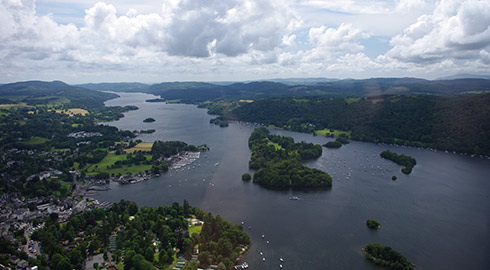 Special Lake District Helicopter scenic flights from Carnforth, Lancashire - for only �220!